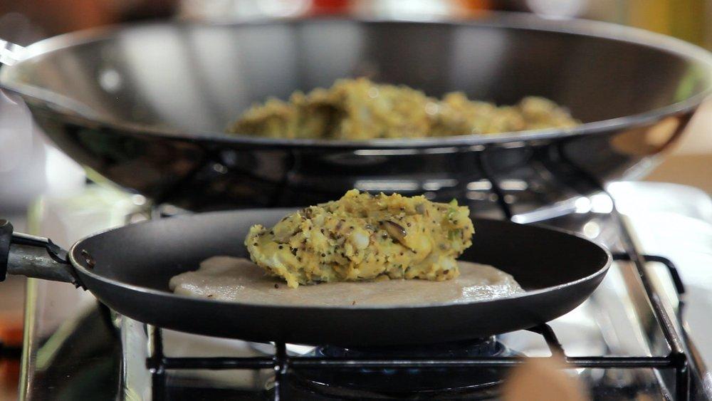 Panqueca indiana de arroz e lentilha