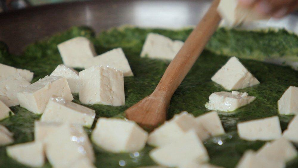 Creme de bertalha e tofu
