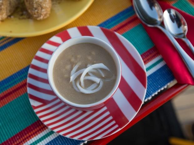 Veja como fazer mungunzá com leite de coco